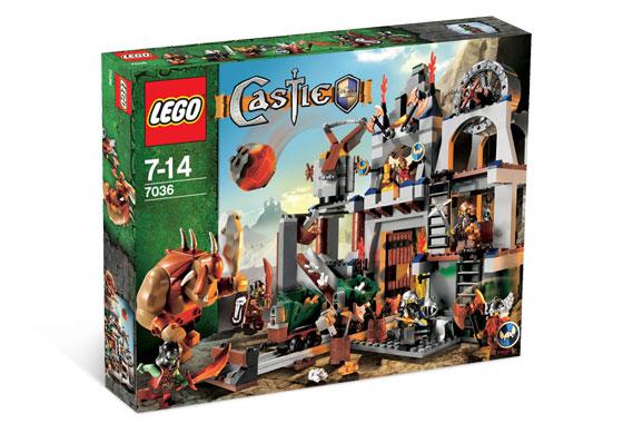 LEGO Castle 7036 Limited Edition Dwarves' Mine (www.toysnbricks.com)