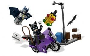 LEGO Superheroes 6858 Catwoman Catcycle City Chase - Toysnbricks