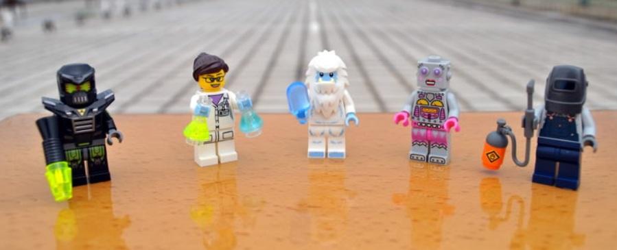LEGO 71002 Series 11 Minifigures (Pre)