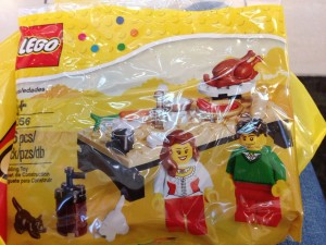 LEGO 40056 Thanksgiving Feast Polybag 2013