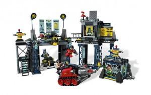 LEGO Super Heroes The Batcave 6860 - Toysnbricks