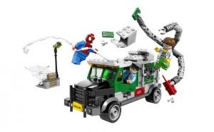 LEGO Super Heroes 76015 Doc Ock Truck Heist - Toysnbricks