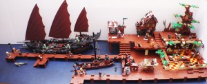 [MOC] LEGO Hobbit Harbour and Pub