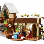 LEGO Creator Expert Santa's Workshop 10245 - Toysnbricks