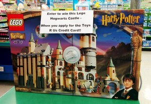 LEGO 4709 Hogwarts Castle Harry Potter (2001 Set Found in 2015 at ToysRUs)