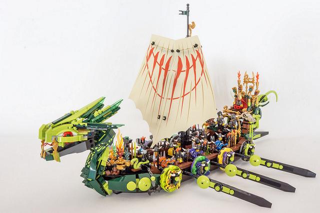 [MOC] Viking Longship Devourer