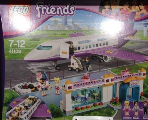 LEGO Friends Heartlake City Airport 41109 (Pre)