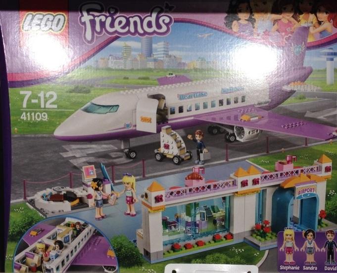 LEGO Friends Heartlake City Airport 41109 Pre