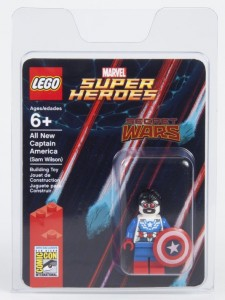 LEGO All New Captain America (Sam Wilson) Minifigure SDCC 2015 Exclusive Marvel Super Heroes