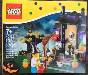 LEGO Halloween Trick or Treat 40122 Seasonal 2015 Set