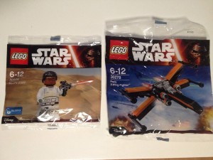 LEGO Star Wars 30605 Finn (FN-2187) Stormtrooper Minifigure and 30278 Poe's X-Wing Fighter Polybag Sets