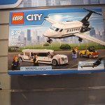 LEGO City 60102 Airport VIP Service Box Summer 2016 - Toysnbricks