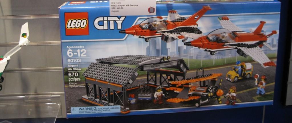 LEGO City 60103 Airport Air Show Box NYTF 2016 - Toysnbricks