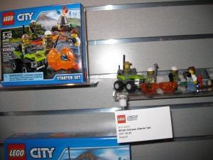 LEGO City 60120 Volcano Starter Set NYTF Aug 2016 - Toysnbricks