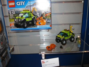 LEGO City 60121 Volcano Exploration Truck NYTF Aug2016 - Toysnbricks