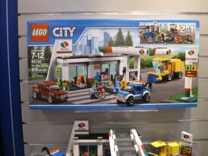 LEGO City Service Station 60132 Box - Toysnbricks