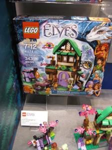 LEGO Elves 41174 The Starlight Inn NYTF 2016 - Toysnbricks