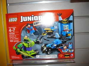 LEGO Juniors 10724 Batman & Superman vs. Lex Luthor Box Aug2016 - Toysnbricks