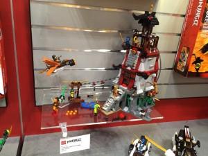 LEGO Ninjago 70594 The Lighthouse Siege NYTF 2016 August - Toysnbricks