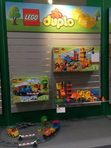 NYTF 2016 LEGO Duplo 10810 Push Train and 10813 Big Construction Site - Toysnbricks