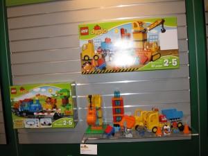 NYTF 2016 LEGO Duplo 10813 Big Construction Site Aug2016 - Toysnbricks