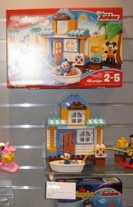 NYTF LEGO Duplo Disney Junior 10827 Mickey & Friends Beach House Aug2016 - Toysnbricks