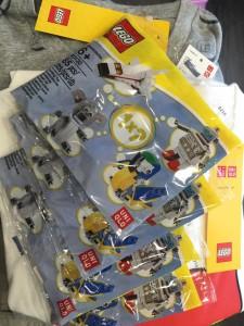 LEGO 40130 Uniqlo Polybag Set - Mini Model Builds 40127 40128 40130 40131