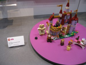 LEGO Disney Princess 41067 Belle's Enchanted Castle Set NYTF 2016 - Toysnbricks