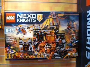 LEGO Nexo Knights 70323 Jestro's Volcano Lair NYTF 2016 - Toysnbricks