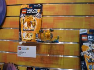 LEGO Nexo Knights 70336 Ultimate AXL August 2016 NYTF - Toysnbricks