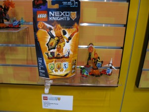 LEGO Nexo Knights 70339 Ultimate Flama NYTF 2016 - Toysnbricks