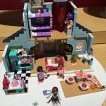 Mega Bloks America Girls Doll House Building Set New York Toy Fair 2016 - Toysnbricks