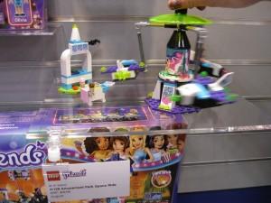 NYTF 2016 LEGO Friends 41128 Amusement Park Space Ride - Toysnbricks
