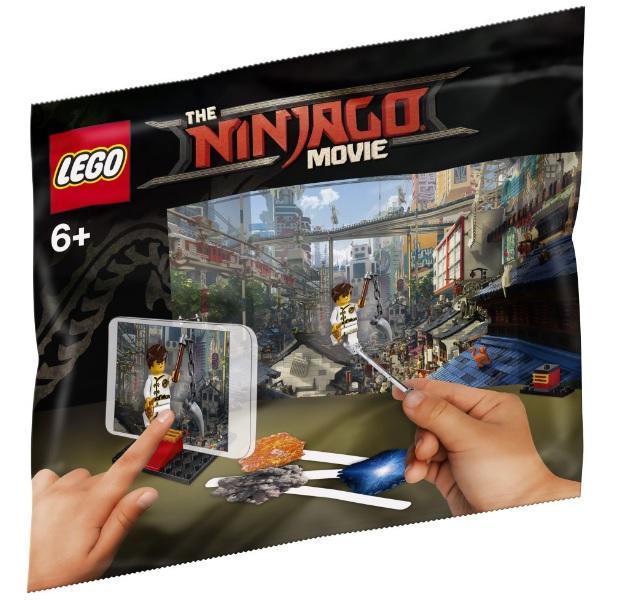 LEGO 5004394 THE NINJAGO MOVIE: Movie Making Kit [Extra Large ...