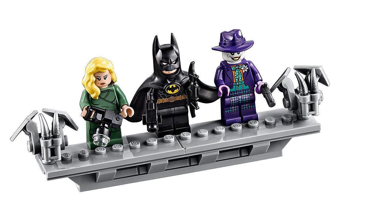 LEGO Batman 76139 1989 Batmobile Official Press Release ...